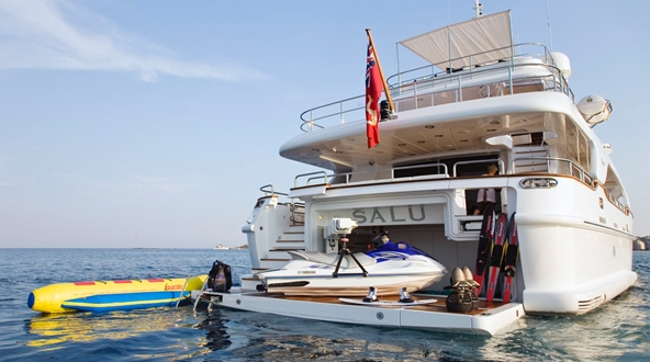 Image forSuperyacht Tenders and Toys (SYTT) offers new Refit Programme service