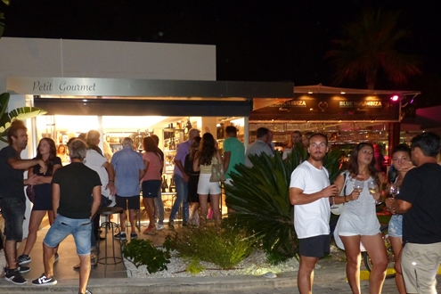 Image forPetit Gourmet holds a fun wine tasting in Marina Ibiza